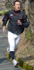 興南・島袋が中大の宮崎キャンプ開始 - 大学・社会人野球ニュース