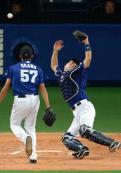 中日熱闘興ざめ 最後にミス連発 - プロ野球ニュース