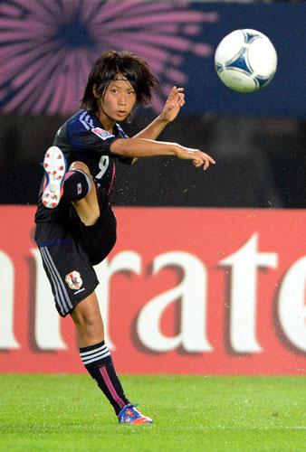 http://cache2.nipc.jp/soccer/japan/news/img/sc-f-20120822-tanakayoko2-ns-big.jpg
