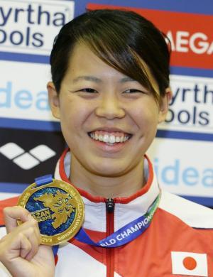 星奈津美、世界水泳女子初の金 リオ五輪代表権も