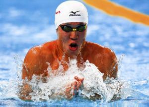 小関也朱篤、全体1位で決勝へ「無心で泳げた」