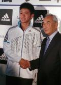 錦織3世誕生 18歳中川がプロ転向 - テニスニュース