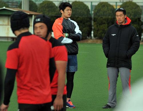 OBの日本代表藤田、東福岡3冠太鼓判