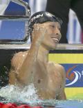 萩野2冠 フェルプスに競り勝つ - 水泳ニュース
