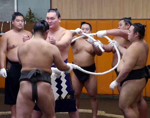f-nsp130831_hakuho-ns-big.jpg