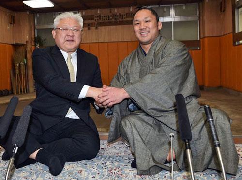 石浦が新十両 鳥取県勢53年ぶり関取