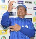 中畑監督「抱き合っちゃう」欽ちゃん祝福 - プロ野球ニュース