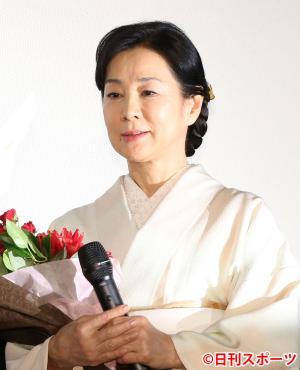 二宮和也から感謝の手紙を朗読される吉永小百合(撮影・神戸崇利)