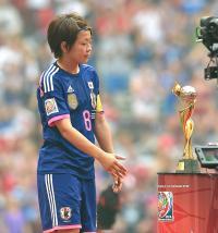 なでしこ宮間、代表引退も「ゆっくり考えたい」 - 日本代表 : 日刊スポーツ