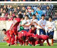 東福岡トリック弾で流れ5発V 18年ぶり夏冬2冠 - サッカー : 日刊スポーツ