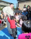白鵬が社会貢献活動「大阪来て良かった」 - 大相撲ニュース